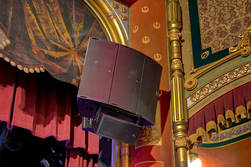 Detail of the Meyer Sound speaker installation at The Riley Center. Photo Credit: Leading Edges