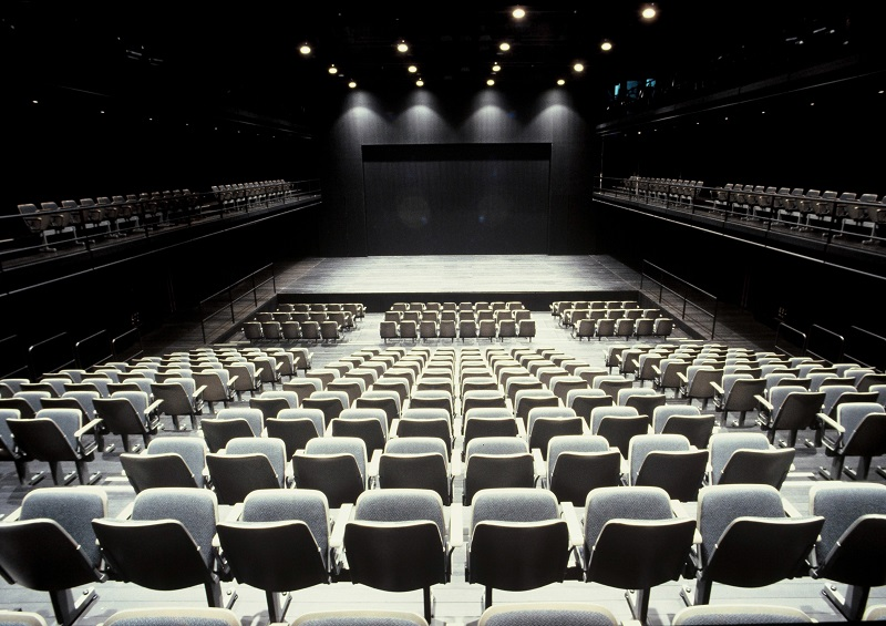 The Pit (small theater) at New National Theatre, Tokyo © Photo provided by New National Theatre, Tokyo